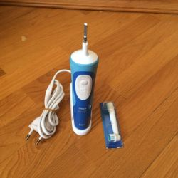 Electric toothbrush Oral-Braun.