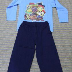 Новый костюм для дома и садика на 2-4 года