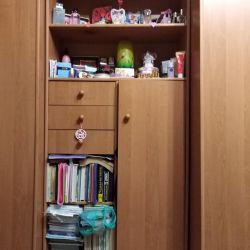 Ντουλάπι με συρτάρια