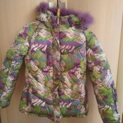 Зимняя куртка для девочки 140