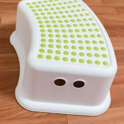 Children's stool, step, stand. Sweden.