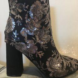 Αντρικά μπότες αστραγάλου