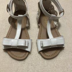 Sandalet 28 size