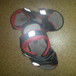 Pasito sandalet