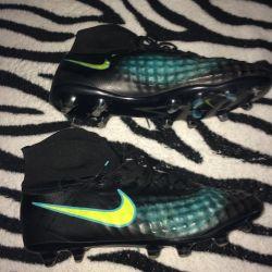 Nike spike boots