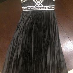 Φόρεμα με πέτρες