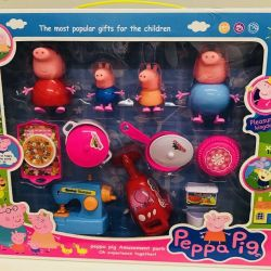 Pig Peppa Family + a set of dishes and life. technology
