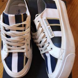 Armani Jeans 37
