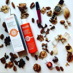 Șampon împotriva pierderii părului / Elveția