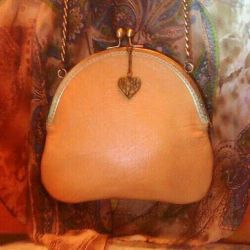 Handmade leather caramel bag