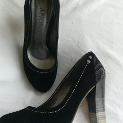 Women's shoes, size 35, suede