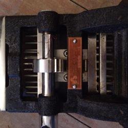 Apparatus for drawing dental cartridges