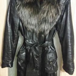 Autumn cloak with removable fur