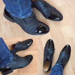 Туфли ботинки новые на шнурках кожа лак