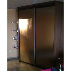 Angular sliding wardrobe with Open Shelves