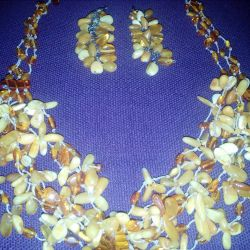 Amber beads and earrings