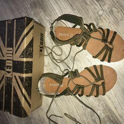 Lace-up sandals ⚜️