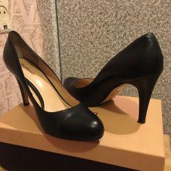 Shoes RiaRosa (39 size)