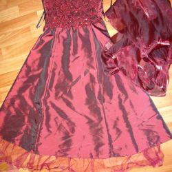 Βραδινό φόρεμα με κασκόλ