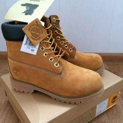 Unisex. Timberland boots Spring-Autumn
