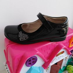 Patent leather shoes 30 rr