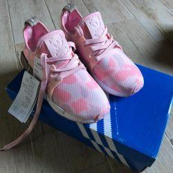 Adidas NMX XR1 Pink Sneakers