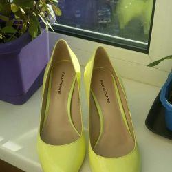 Shoes Paolo Conte, lemon color. New !!! Bargain