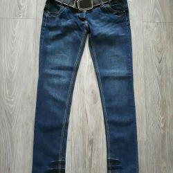 Kemer ile yeni kot pantolon. P 46
