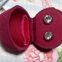 Earrings from Oriflame
