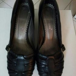 Shoes: size 37.TORG.