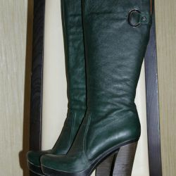 Leather boots for spring-autumn