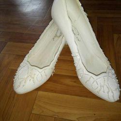 Pantofi 37-38 r. schimb
