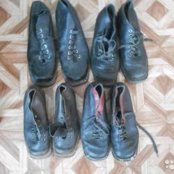 Boots-ski shoes