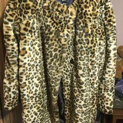 Τεχνητό γούνινο παλτό Mango