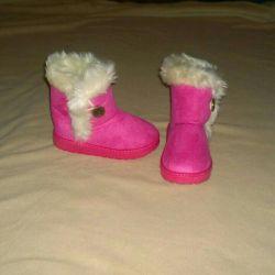 Νέα Uggs, μπότες