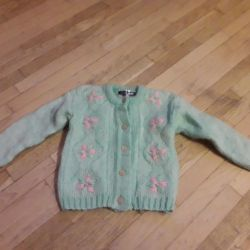 Pullover. Wool
