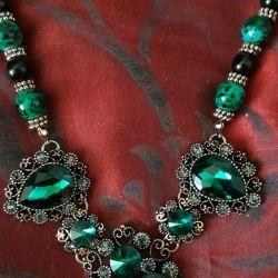 Ожерелье с натур. камнем