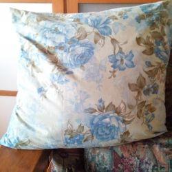 Fountain Pillows