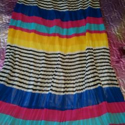 Pleated skirt. New. Size 46