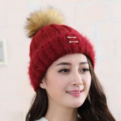 Women's hat with pompon, many colors
