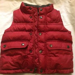 Gap vest beautiful burgundy for 3-4 years