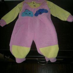 3in1 ζεστό κοστούμι για ένα κορίτσι από 2 έως 5 μήνες.
