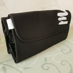 Cosmetic bag traveling. New.