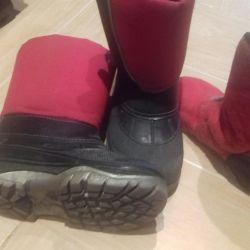 Warm waterproof boots