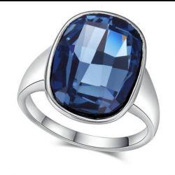 Новое кольцо 19 р-р. Покрытие белое золото.