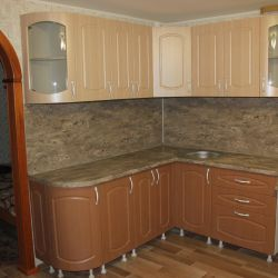 Kitchen unit with milling