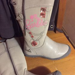 Boots for the girl fall-spring
