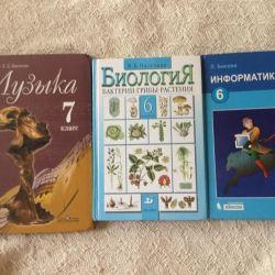 Müzik, biyoloji ve bilgisayar bilimi ders kitapları