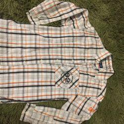 Markalı gömlek