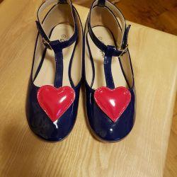Туфельки с сердечком